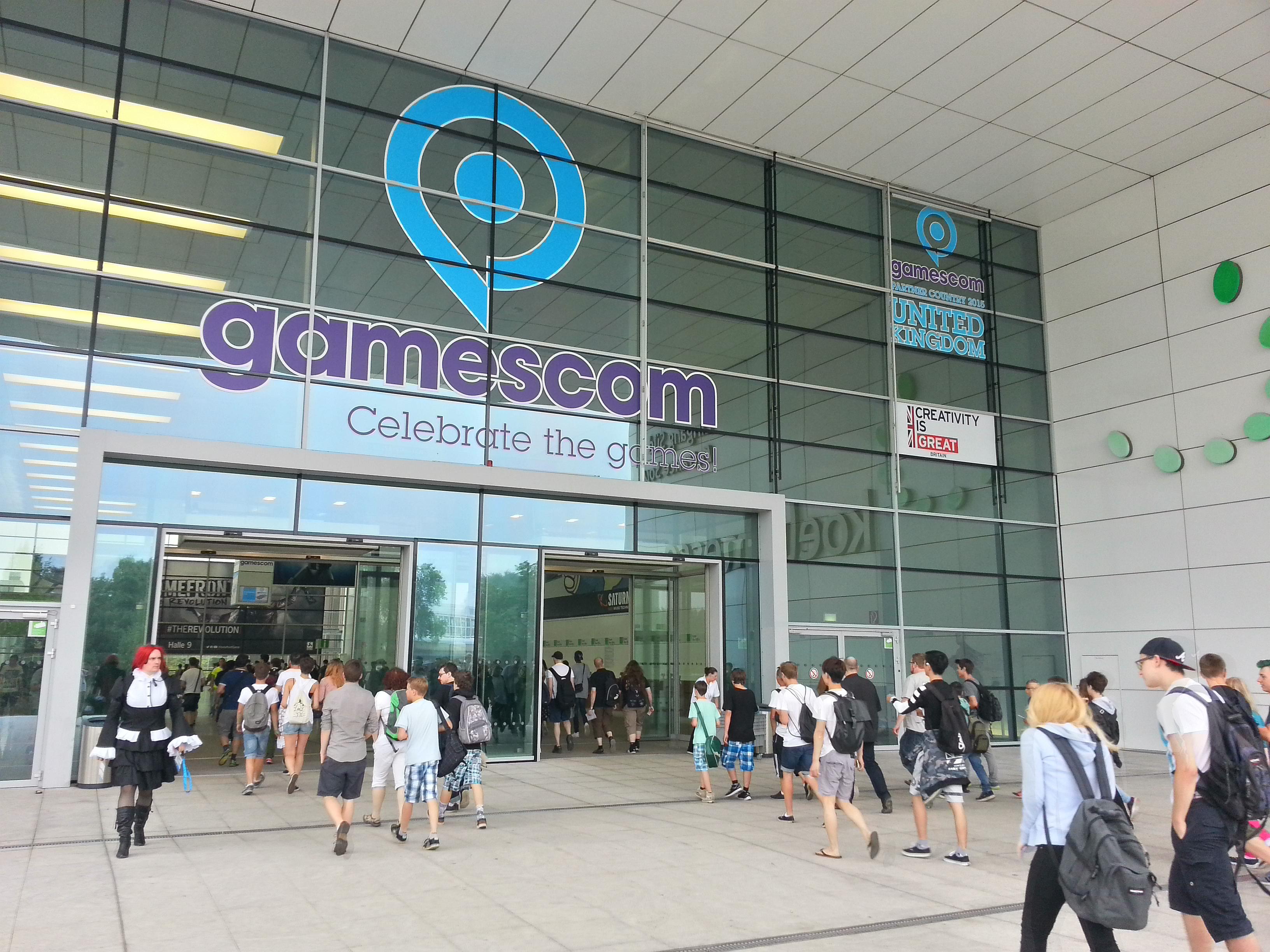 Südeingang der Gamescom 2015 (CC BY-SA 4.0)