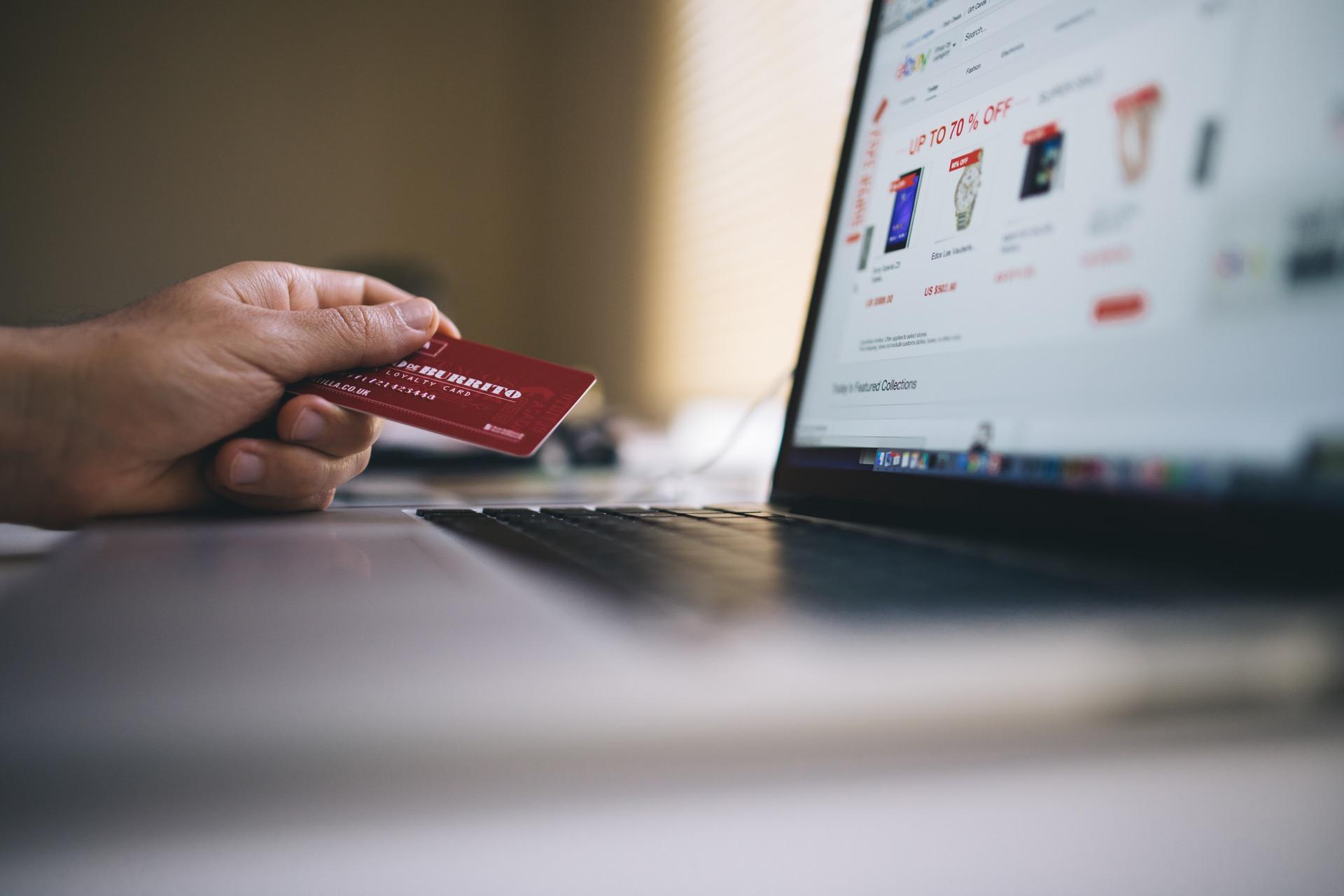 Einsames PayPal: mobile Bezahldienste in Deutschland